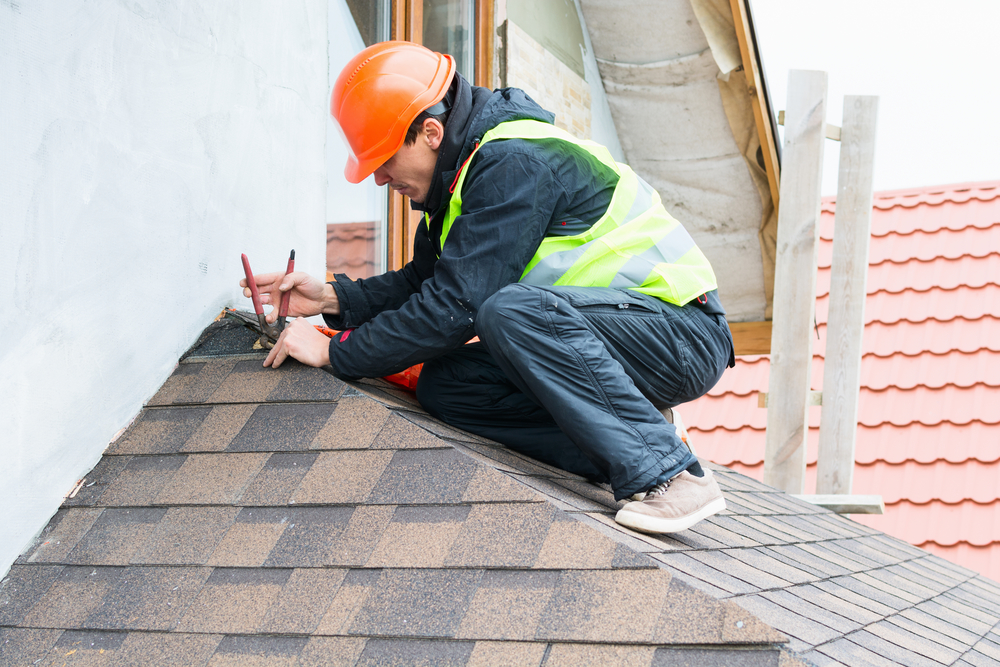 3 Reasons To Get a Roof Inspection in the Spring